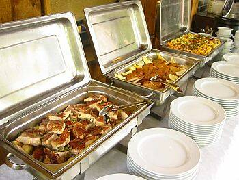 Offer Catering Service in Berlin